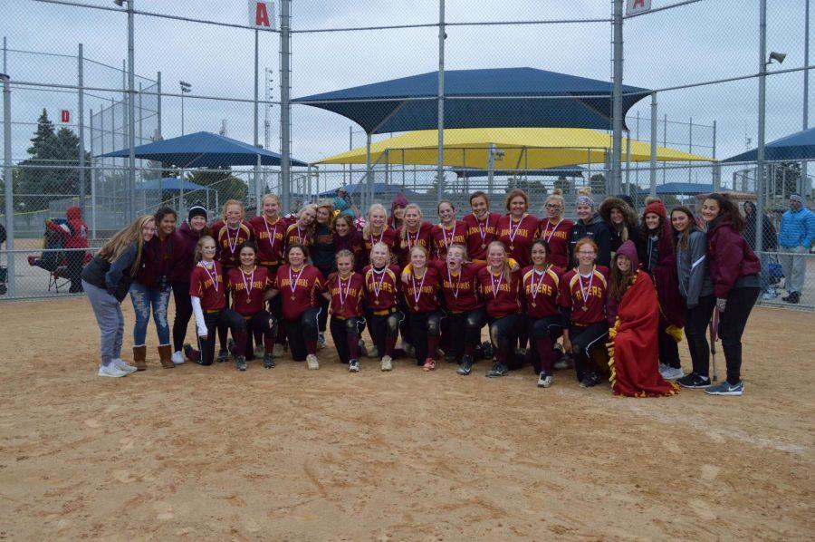 Roosevelt JV softball team wins 2018 State Tournament